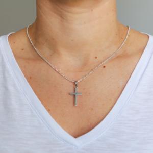 Pendente Mini Cross em Prata 925 - Pendentes